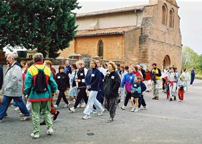 You are browsing images from the article: Marche ou cours - 2003