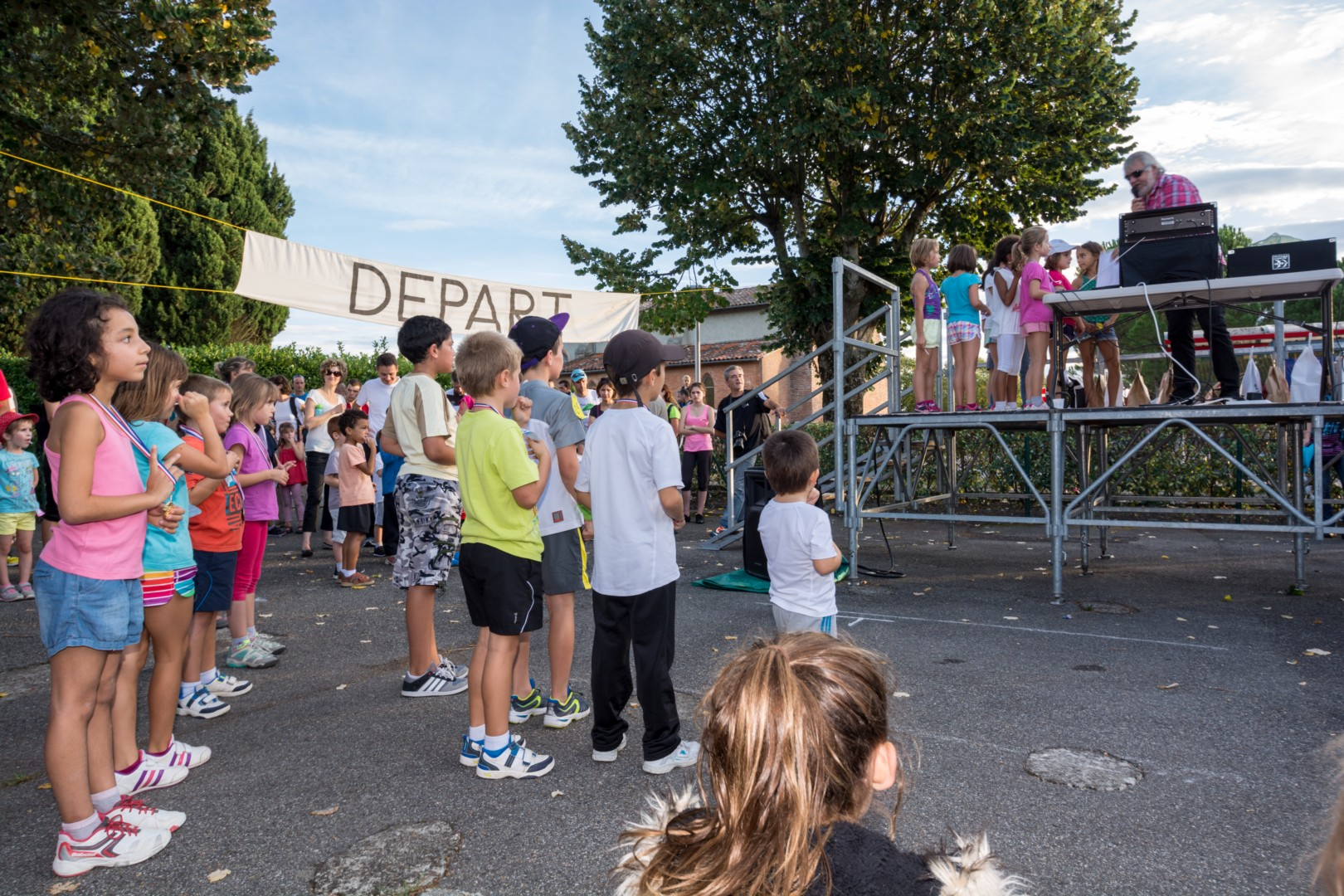 You are browsing images from the article: Galerie de photos - Marche-ou-Cours 2014